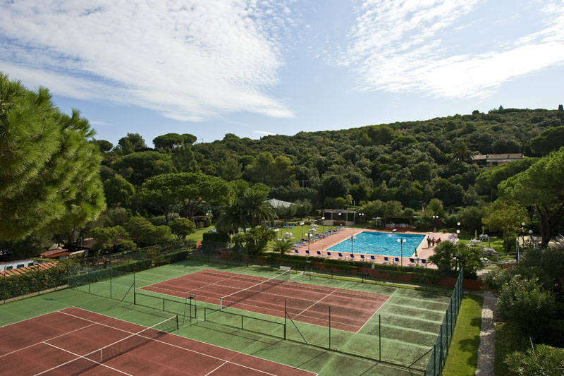 Hotel Desiree Tennis Courts