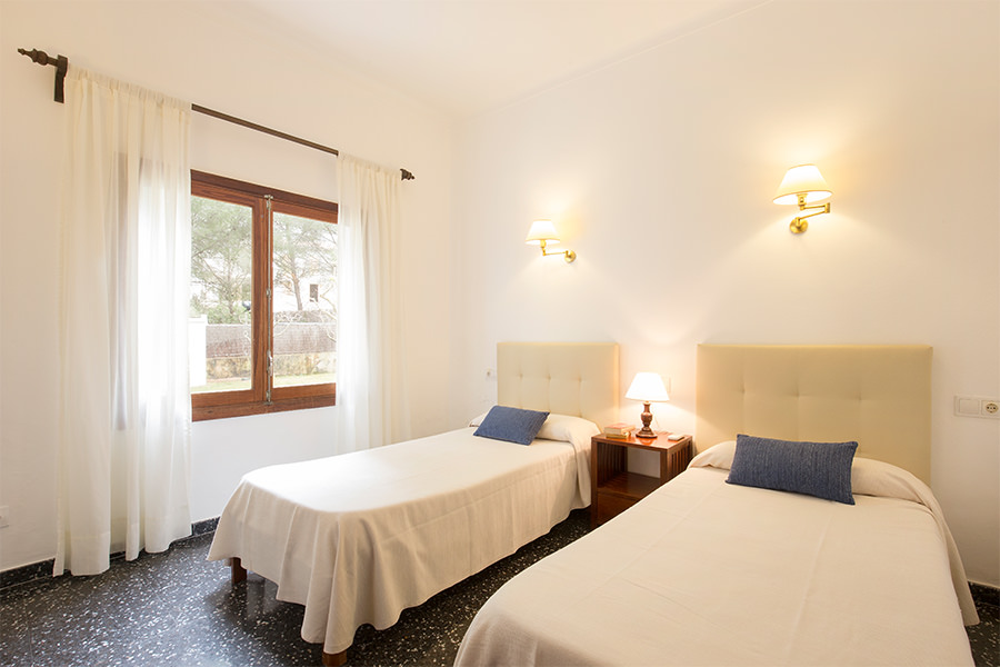 Twin Room Cabot Villa Can Borras