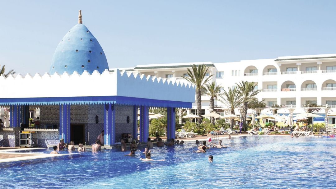 Concorde Marco Polo Swimming Pool