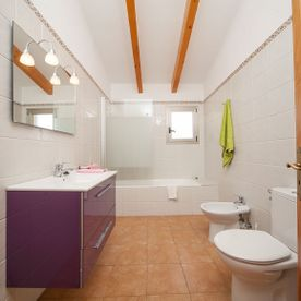 Bathroom Villa Embat
