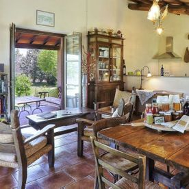 open plan kitchen/dining room Le Selvole Farmhouse