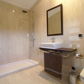 Shower Room Villa Embat